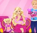 Игра Барби рожает малыша